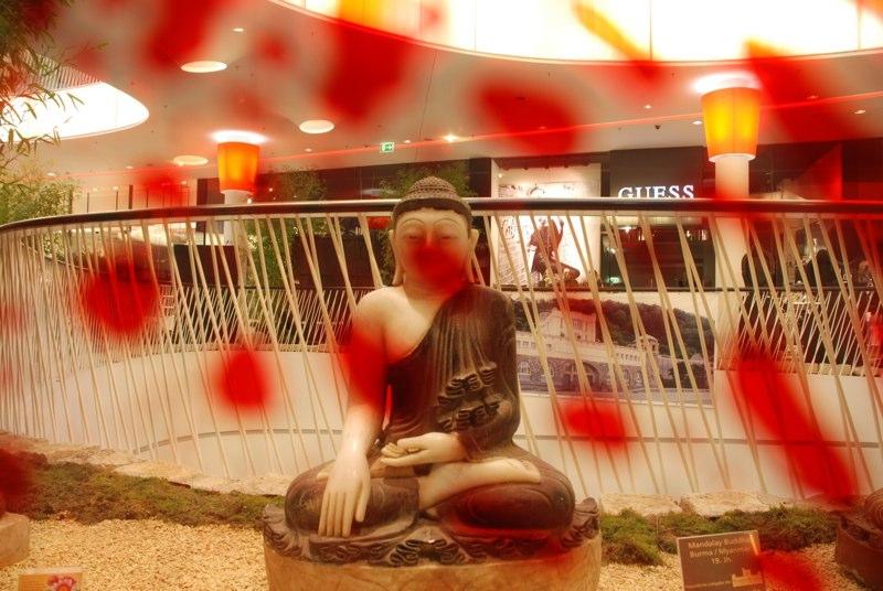 Buddha3 MyZeil 2010