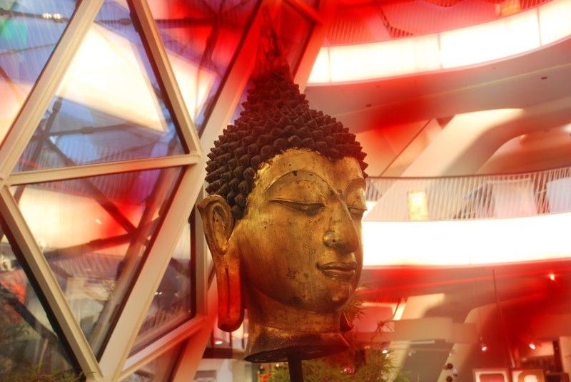Buddha2_MyZeil 2010
