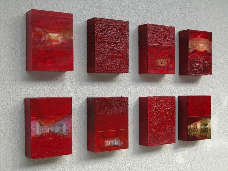 Serie Cesky Krumlov1_2004 je 20x15x6 cm